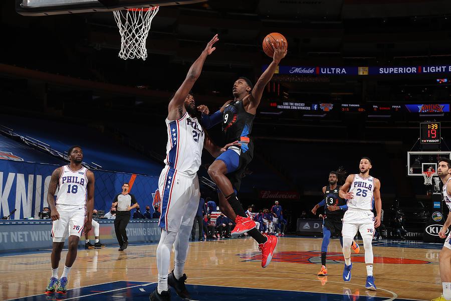 Philadelphia 76ers v New York Knicks Photograph by Nathaniel S. Butler