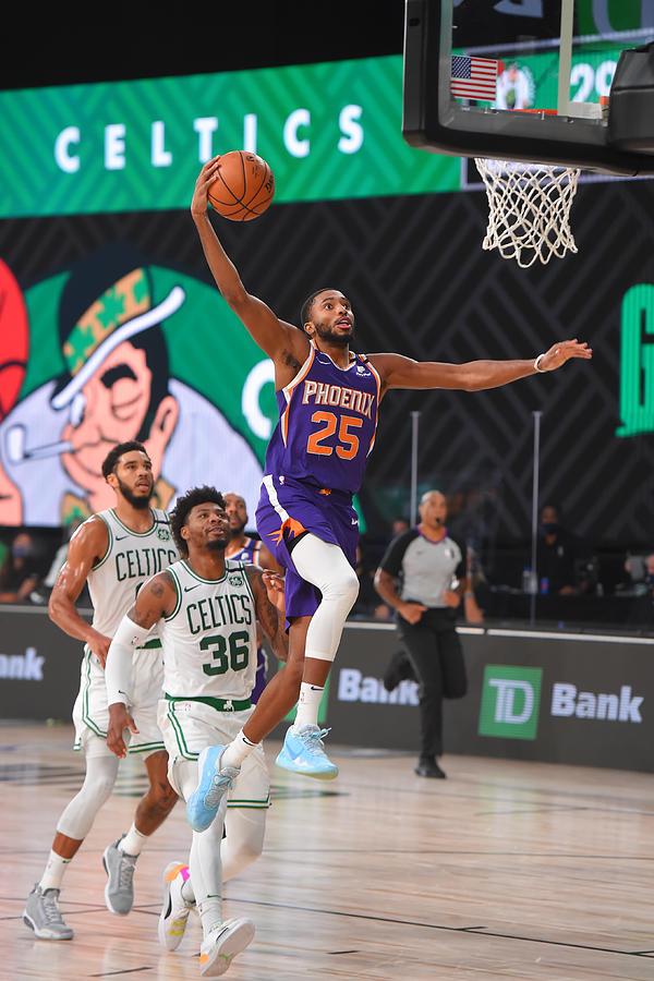 Phoenix Suns v Boston Celtics Photograph by Bill Baptist