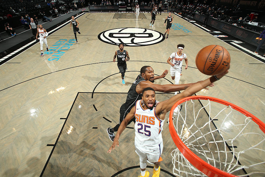 Phoenix Suns v Brooklyn Nets Photograph by Nathaniel S. Butler