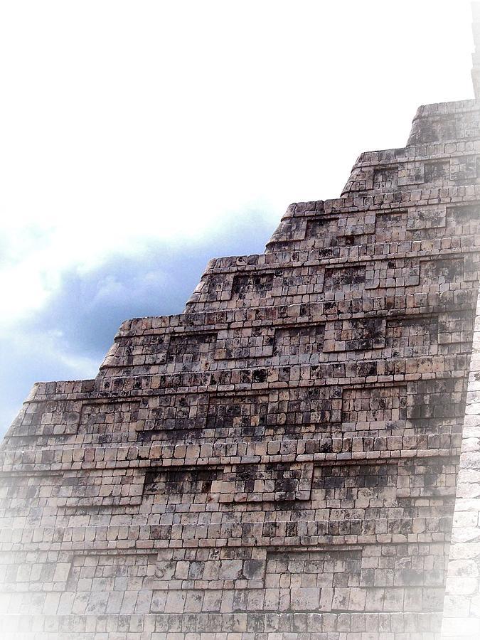 Piramide de Niebla by Kimberly-Ann Talbert