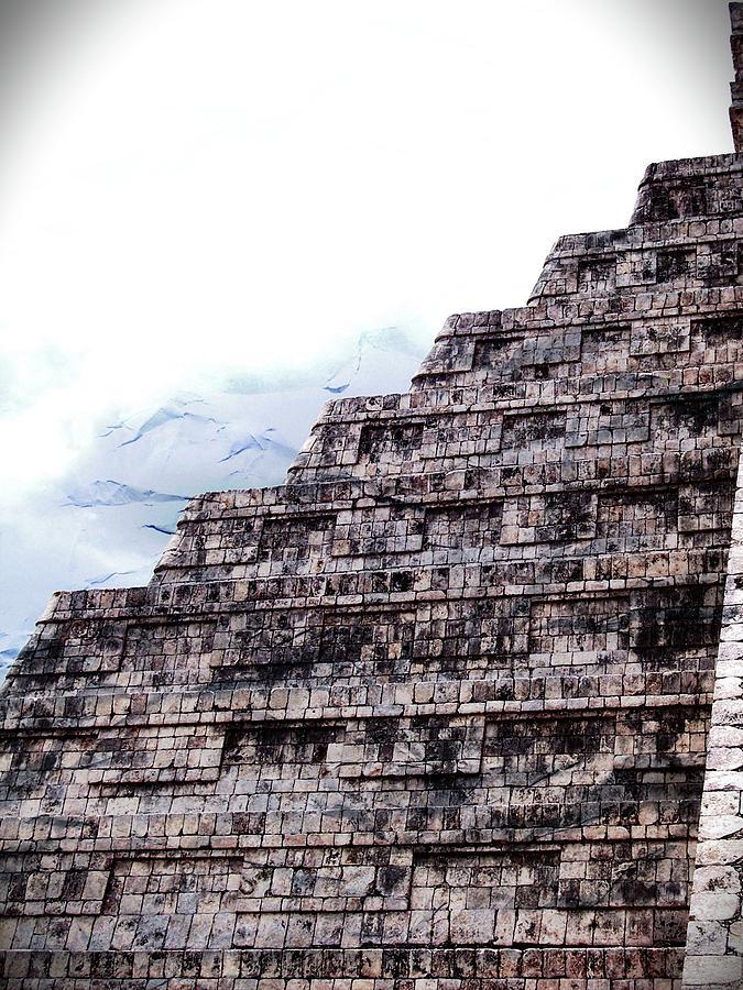 Piramide de Papel by Kimberly-Ann Talbert