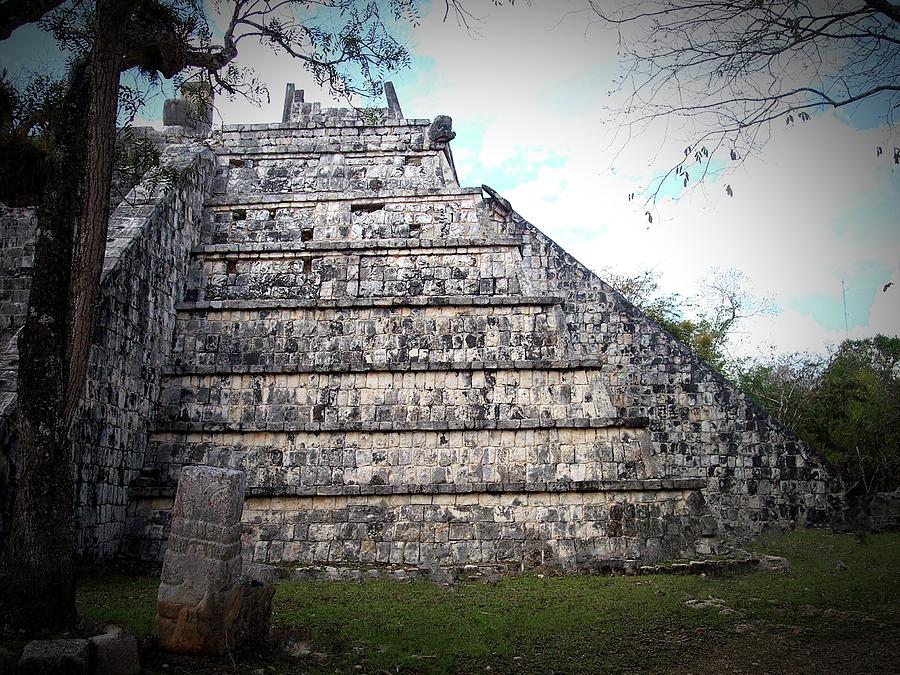 Piramide Menor by Kimberly-Ann Talbert
