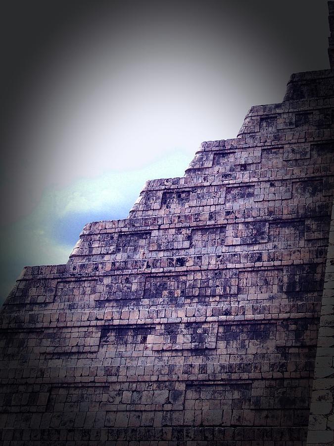 Piramide Oscuro by Kimberly-Ann Talbert