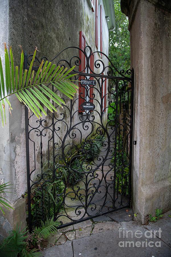 Pirates Courtyard - Charleston South Carolina Photograph
