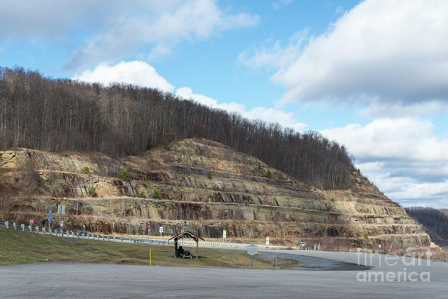 Powell Mountain in West Virginia by Les Palenik