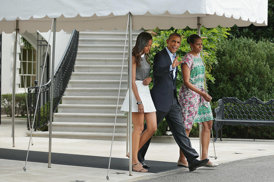 President Obama Gives Statement Before Departing White House For Marthas Vineyard Vacation Photograph by Chip Somodevilla