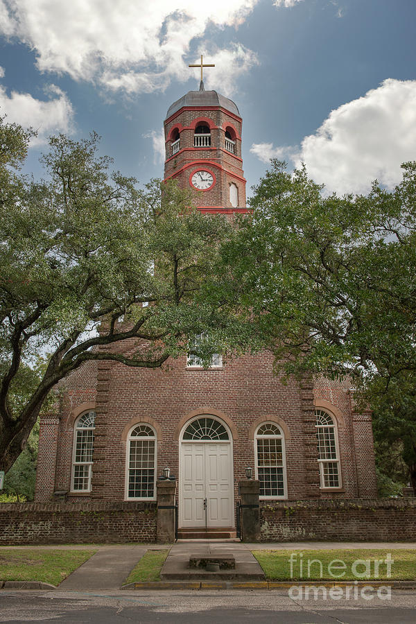 Prince George Winyah Espiscopal Church - Steeple And Cross Photograph
