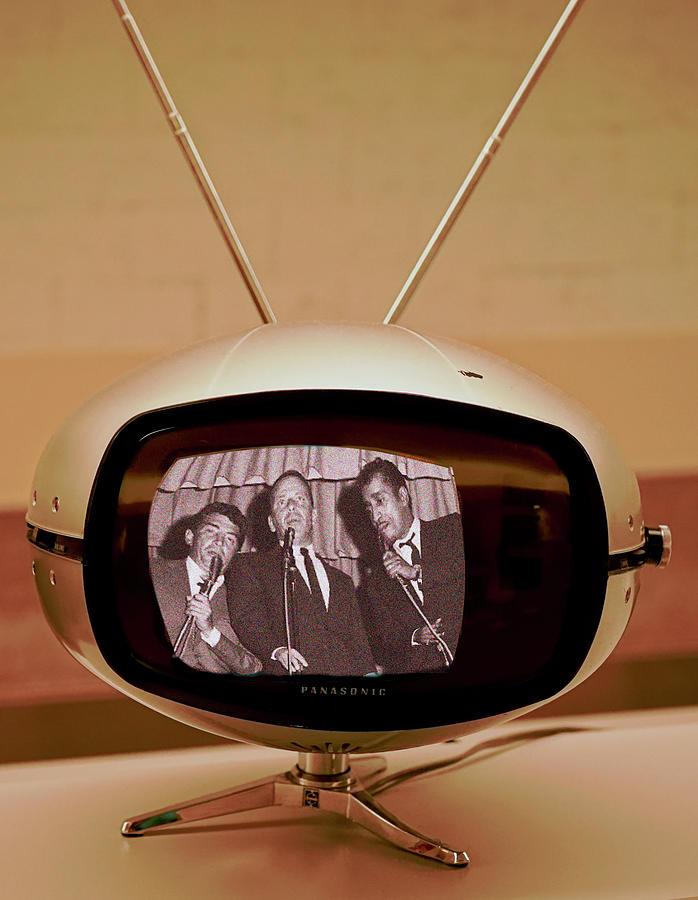 Tv Digital Art - Rat Pack Retro TV by Matthew Bamberg