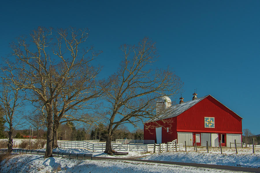 West Virginia Photograph - Red and Blue by Melissa Southern