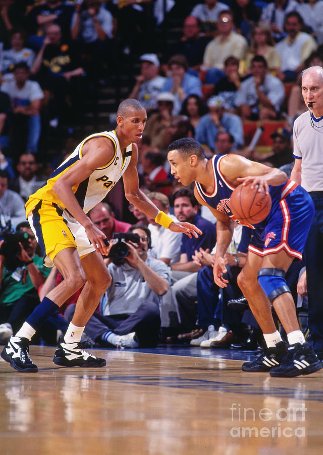 Reggie Miller and John Starks Photograph by Lou Capozzola