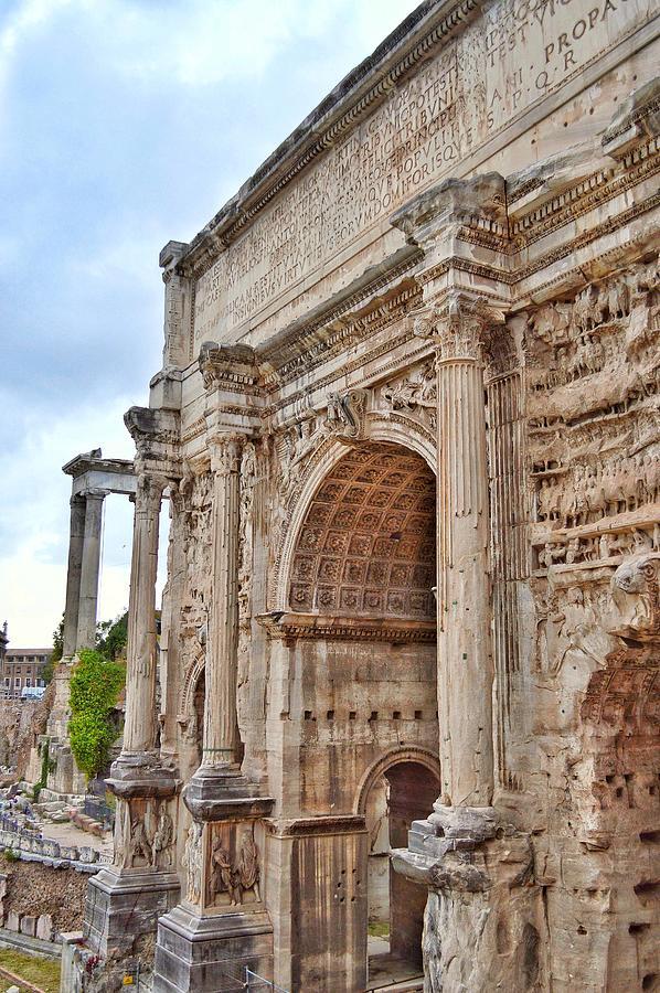 Resilient - Arco Di Settimio Severo - Roma Photograph