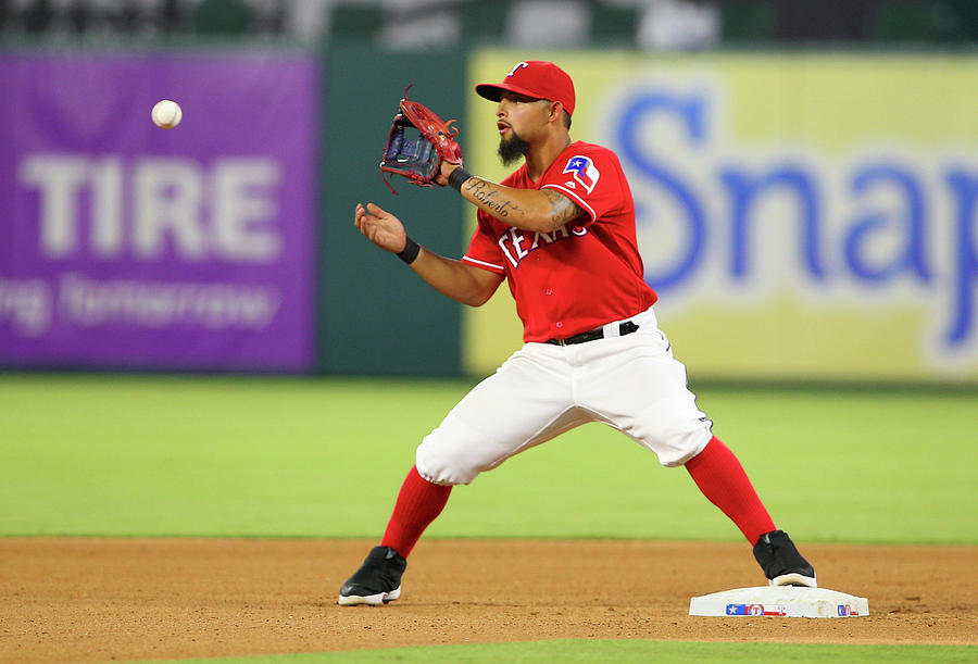 Rougned Odor Photograph by R. Yeatts
