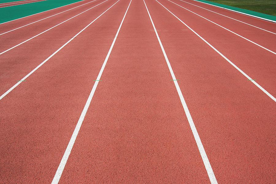Running Track Photograph by Yutaka Mizutani/Aflo