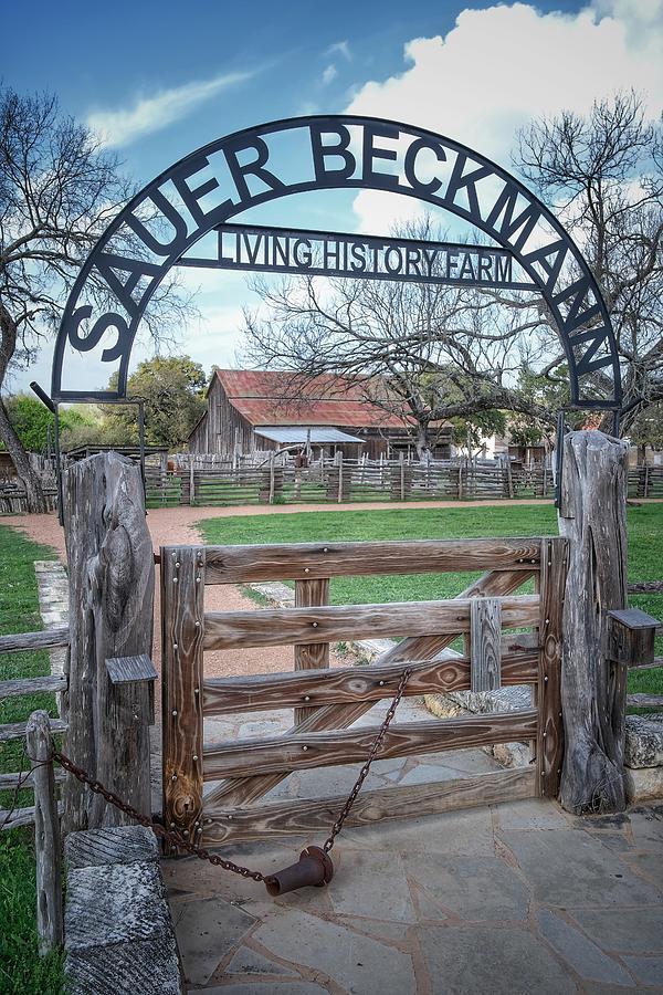 Sauer Beckmann Farm Photograph