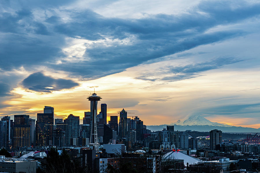 Seattle from Kerry Park by Michael Lee
