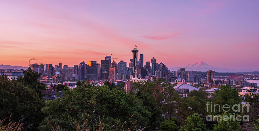 Seattle Photography Sunrise From Kerry Park Photograph