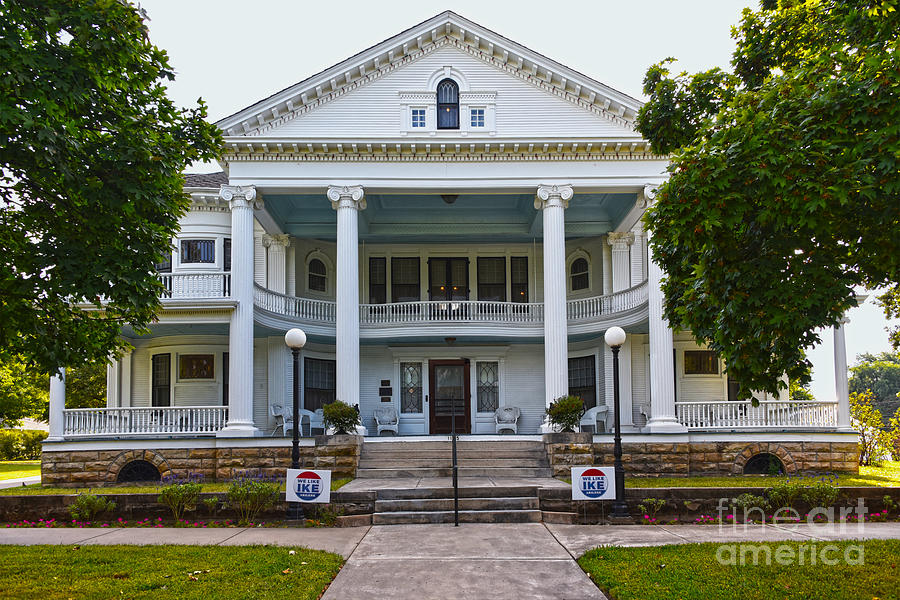 Seelye Mansion, Abilene, Kansas Photograph