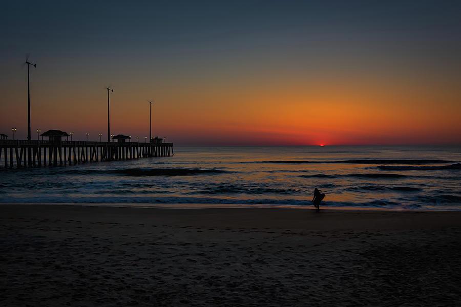 She Surfs by William Christiansen