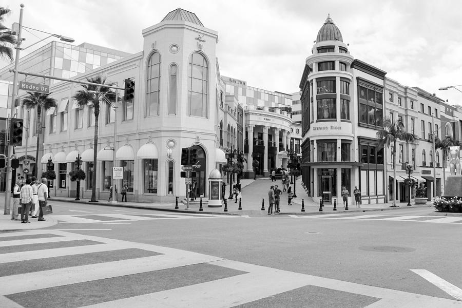 Shopping district in Beverly Hills Photograph by Lena Wagner