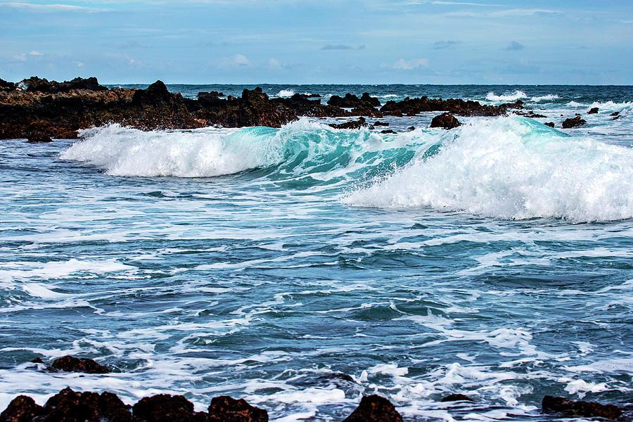 Shore Break - Oahu East Shore by Anthony Jones