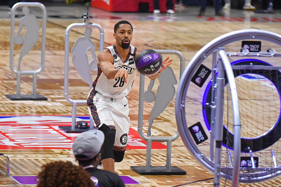 Spencer Dinwiddie Photograph by Bill Baptist