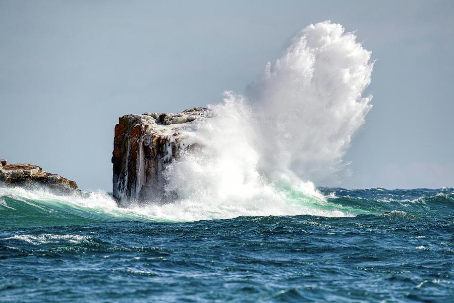 Splashes On Superior by Paul Freidlund