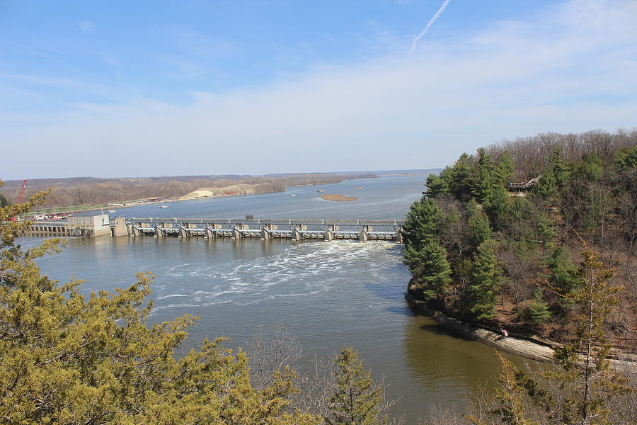 Starved Rock State Park Photograph - Starved Rock Lock And Dam by Callen Harty