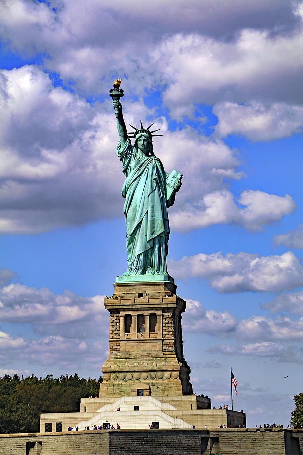 Statue of Liberty by Tony Murtagh