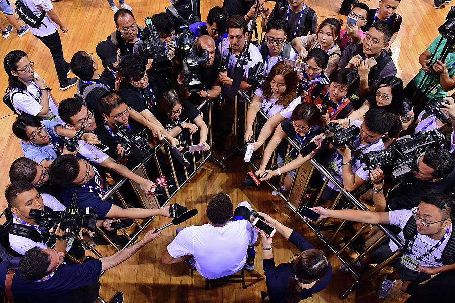 Stephen Curry Photograph by David Dow
