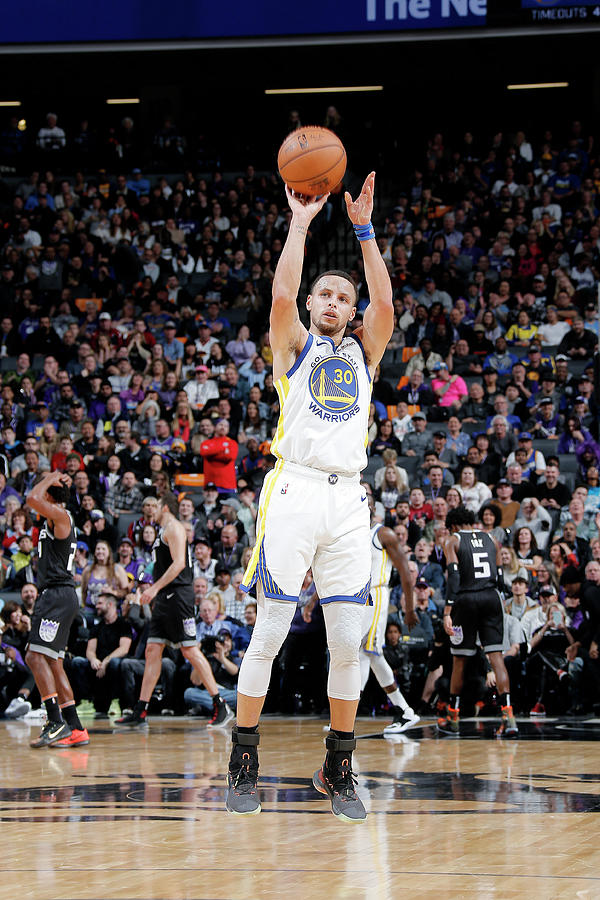 Stephen Curry Photograph by Rocky Widner