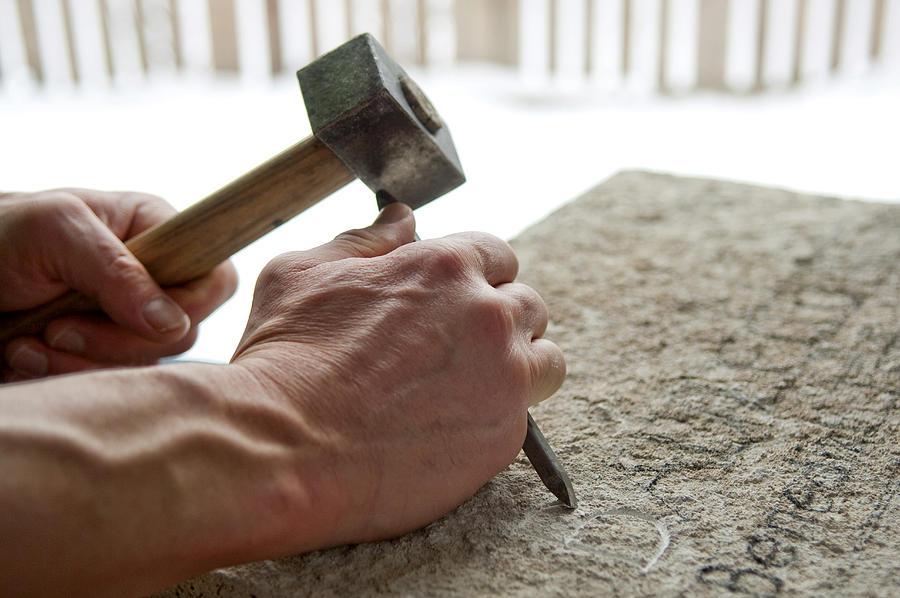 Stonemason at work Photograph by Johann Hinrichs