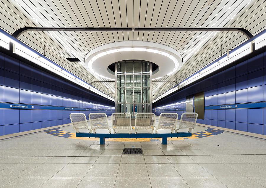 Subway Station Brudermuehlstrasse, München Photograph by Christian Beirle González