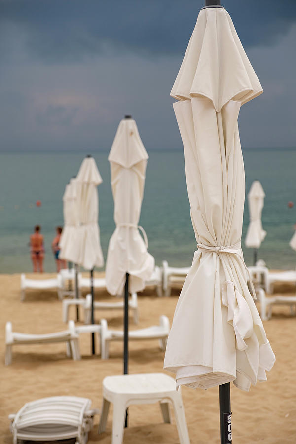 Summer At Golden Sands Beach Seascape Wall Art Print Photograph By Farzad Frames