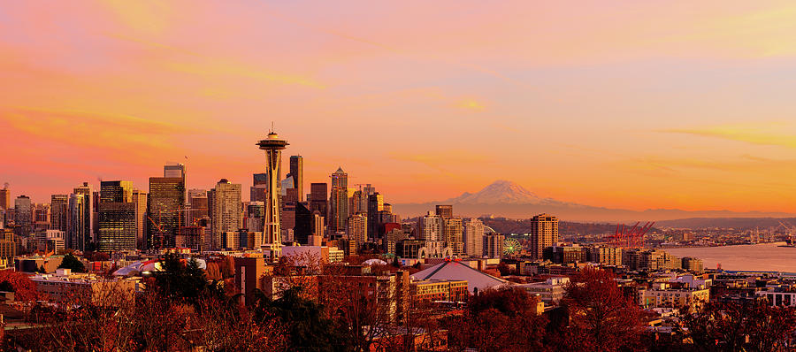 Sunset downtown Seattle by Michael Lee