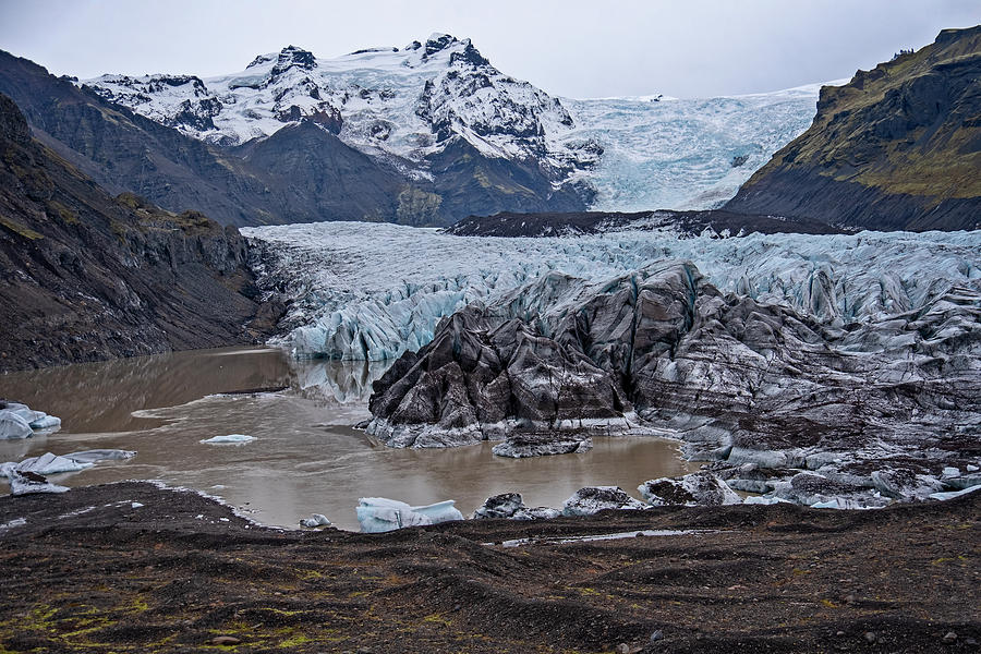Svinafellsjokull Glacier by Catherine Reading
