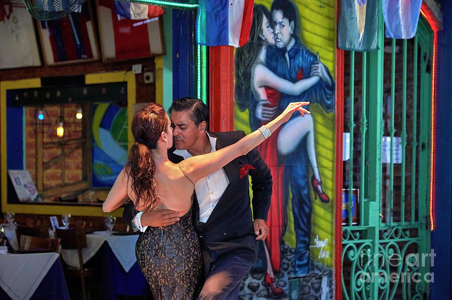 tango en La Boca 0001 by Bernardo Galmarini