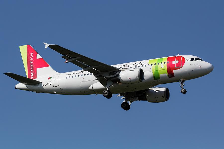 Tap Air Portugal Airbus A319       X4 Photograph