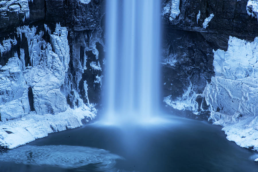 Taughannock Falls Winter Waterfall Trumansburg New York Taughannock State Park Splash Down by Toby McGuire