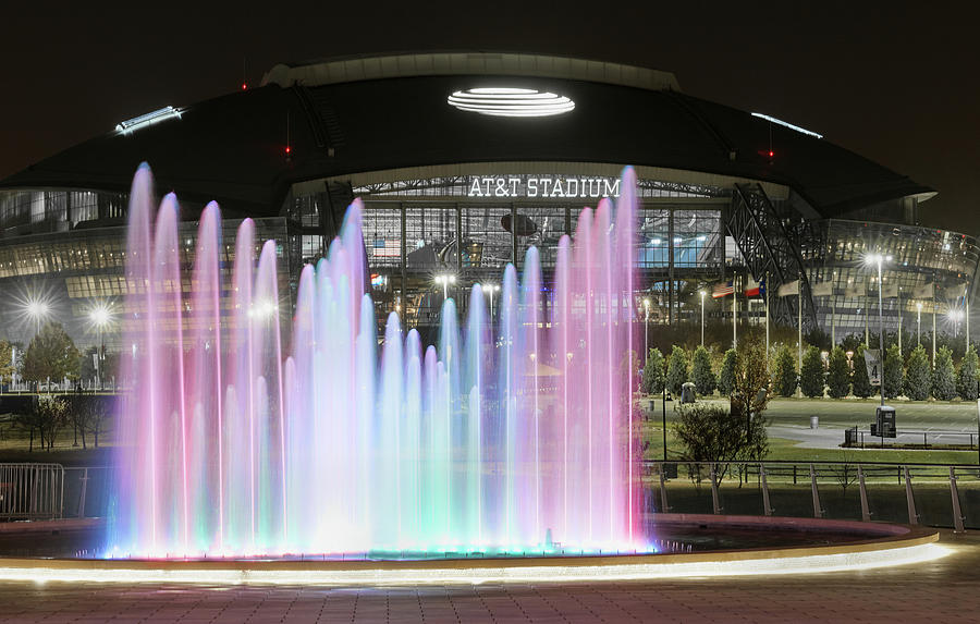 Texas Live Fountain1127 by Rospotte Photography