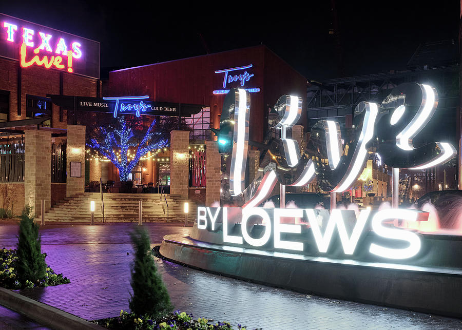 Texas Live Signage 112719 by Rospotte Photography