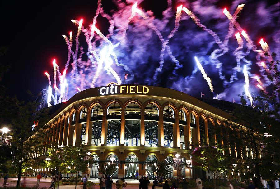 Texas Rangers v New York Mets Photograph by Rich Schultz