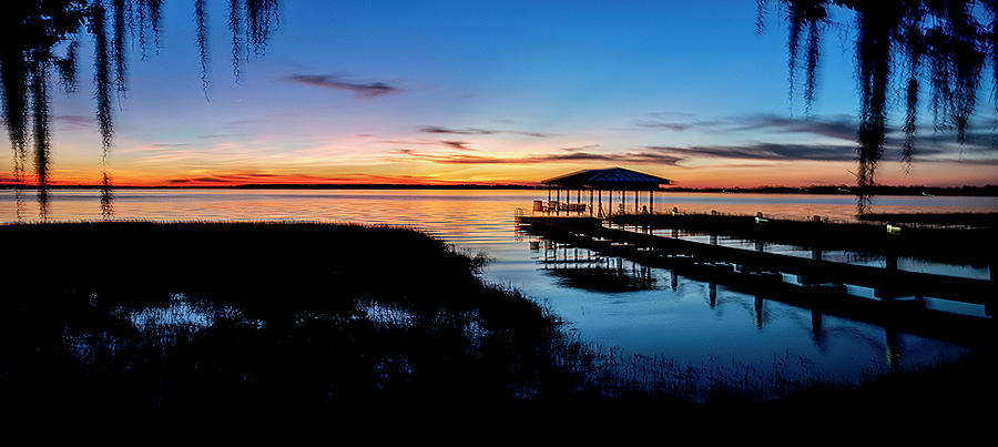 Thanksgiving Sunset Over Lake Minneola Florida by Philip Rispin