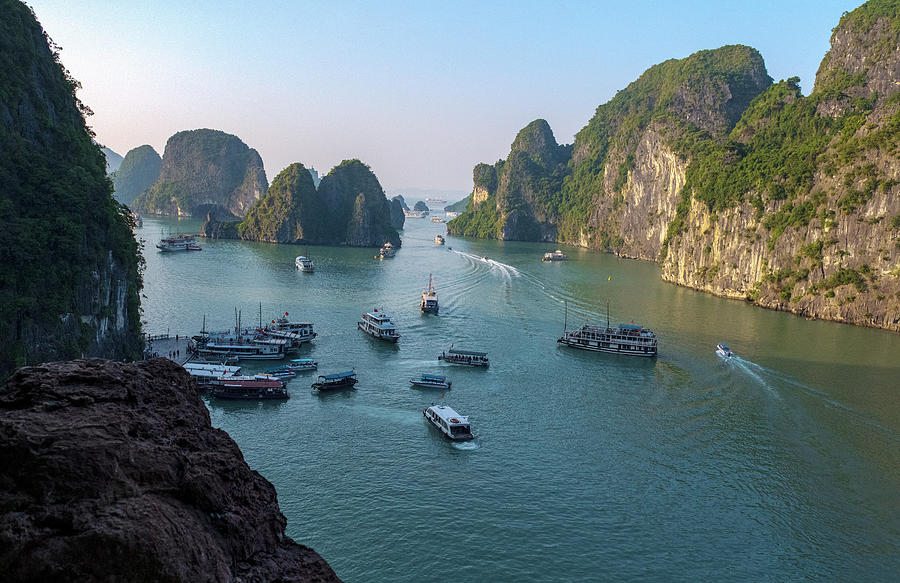 The beauty of Halong Bay, Vietnam by Dubi Roman