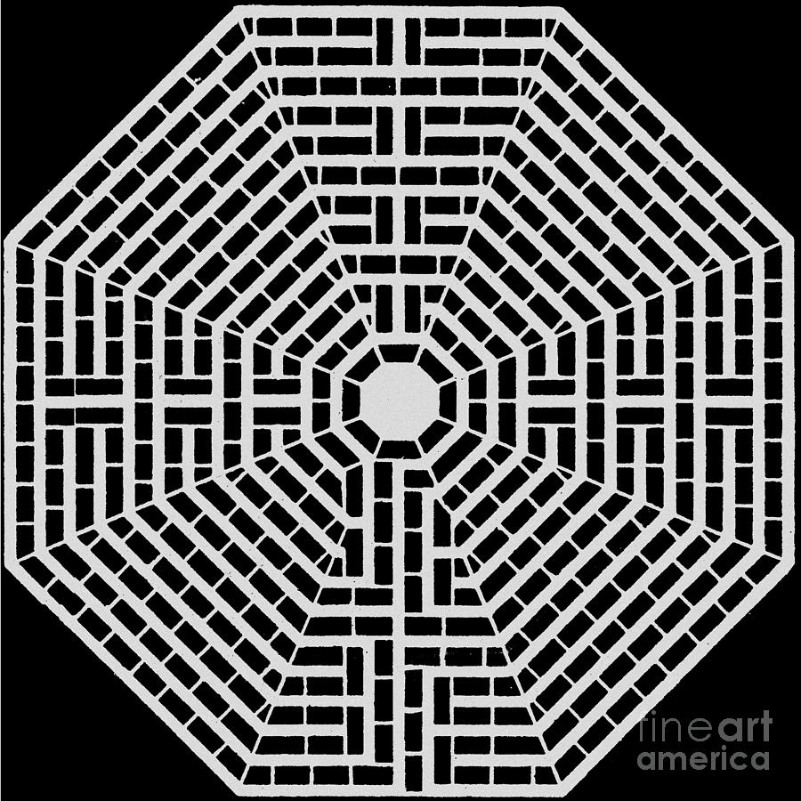 The Labyrinth Of St Quentin Drawing