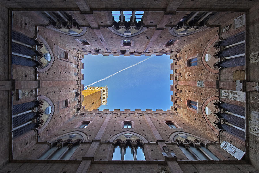 The Mangia Tower (Torre del Mangia), Siena, Tuscany, Italy Photograph by by Andrea Pucci