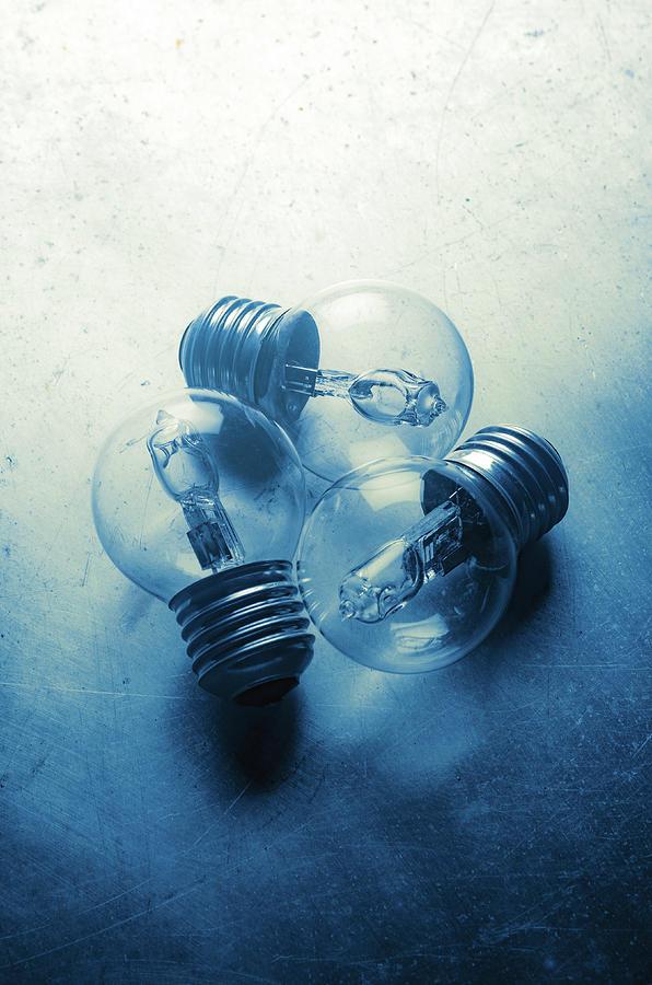Three Bulbs by Carlos Caetano