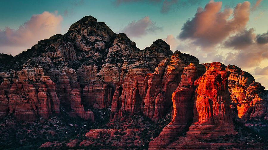 Thunder Mountain Sunset - Sedona by Stuart Litoff