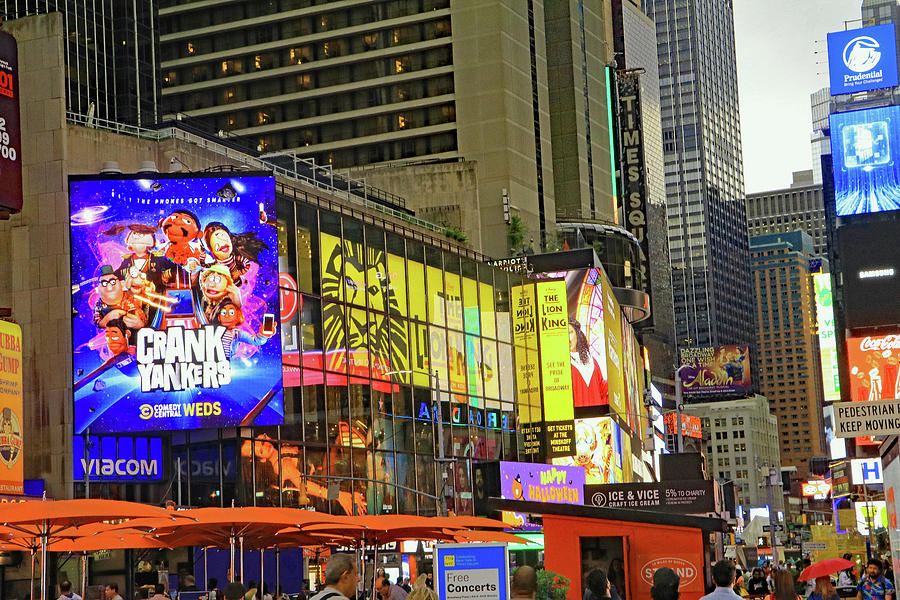 Times Square by Tony Murtagh