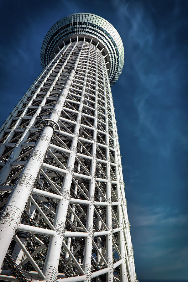 Tokyo SkyTree 4 by William Chizek