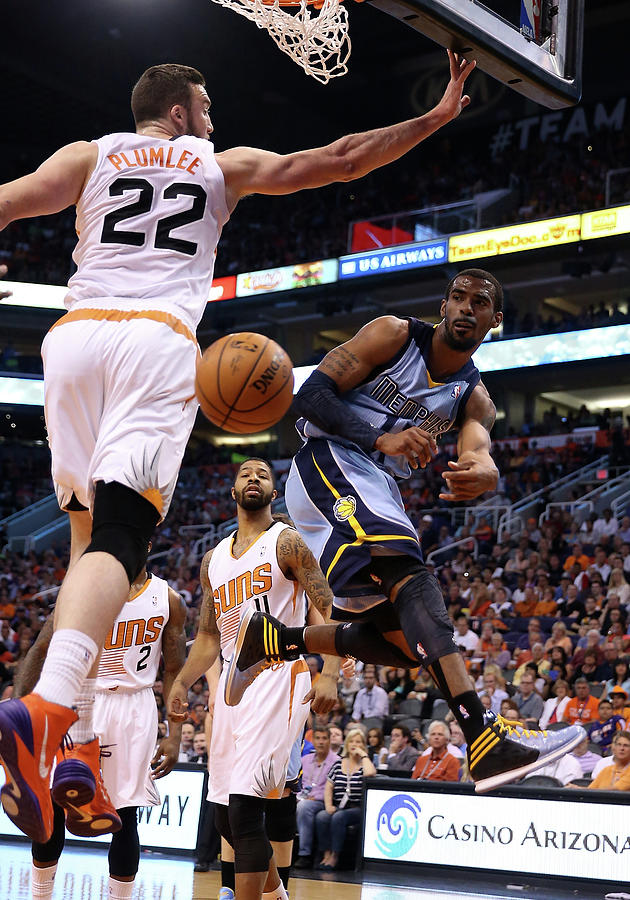 Tony Allen and Miles Plumlee Photograph by Christian Petersen